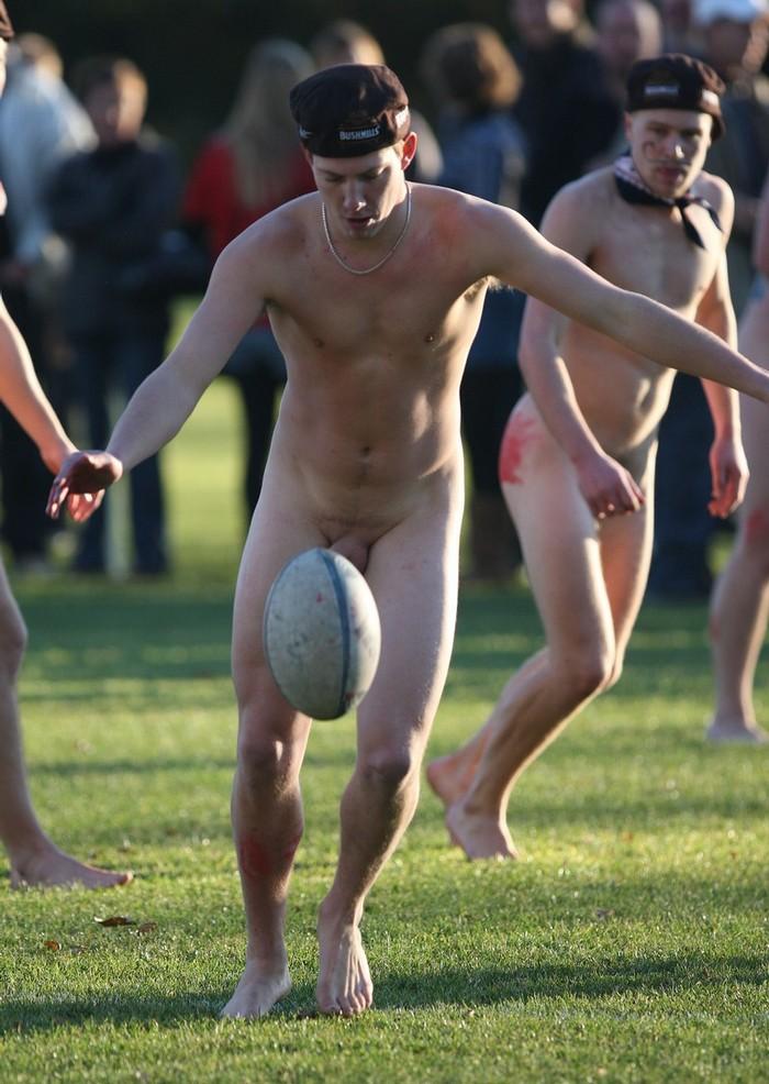 Nude girls playing game